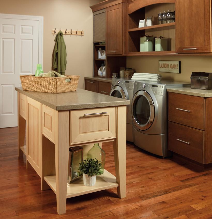 Merrilat Kitchen Cabinets: Merillat Masterpiece Gallina In Cherry Rye