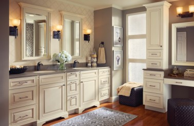 kraftmaid-luxurious-master-bathroom