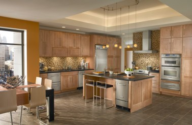 kraftmaid-maple-cabinetry-in-toffee