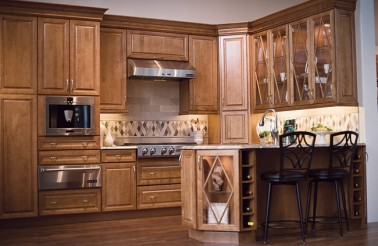 kraftmaid-praline-maple-kitchen-cabinets