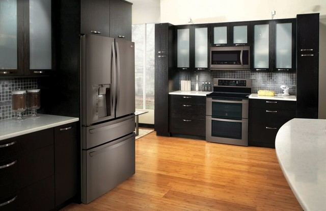 black stainless steel appliances staying power